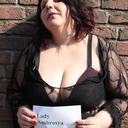 Lady-Ambrosya