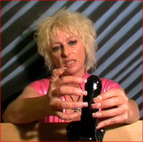 Nail Fetisch Wichsanleitung Fingernägel Strapon Domina BDSM