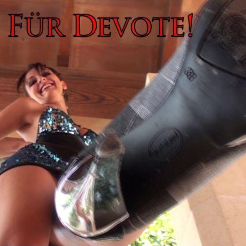 Für Devote: Schluck, Spucknapf!