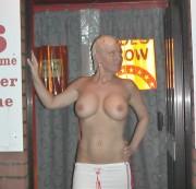14d32ef7319785 sc Große Amateur Brüste im Kino